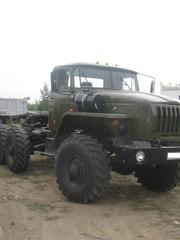 Продам а/м Урал седельный тягач